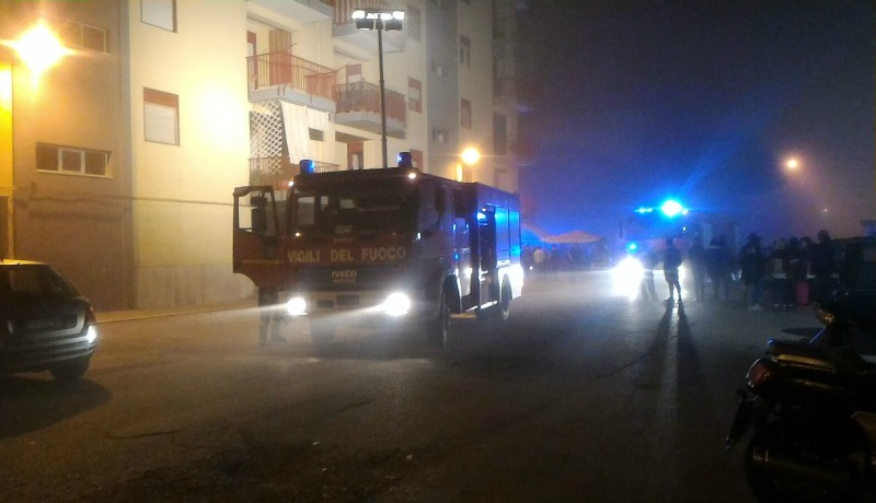 Trani: incendio in via Superga, 10 intossicati